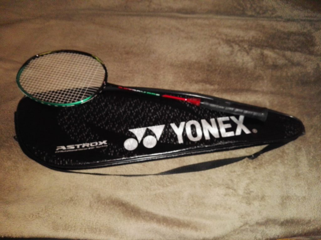 Yonex Astrox 88S Badminton racket with full cover